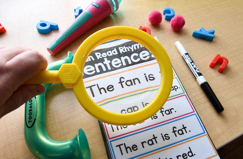 Read rhyming sentences