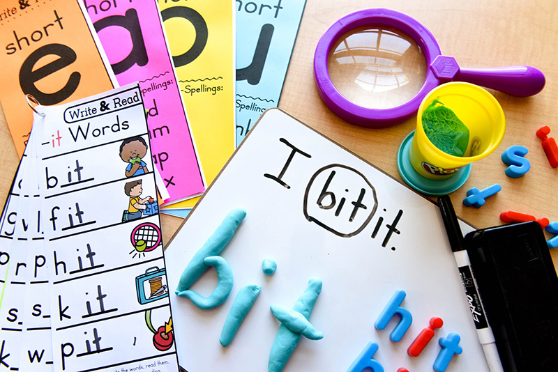 Different ways to introduce hands-on activities