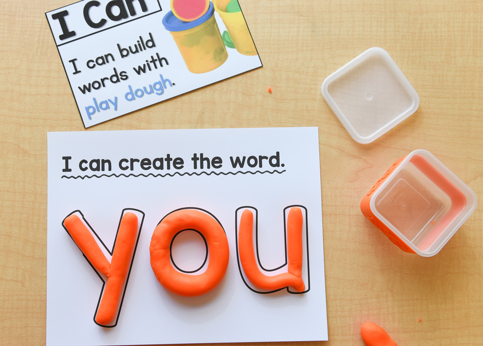 Learning materials: Build words with play dough